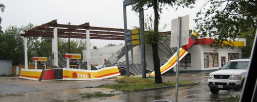 ike-houston-shell-station.jpg